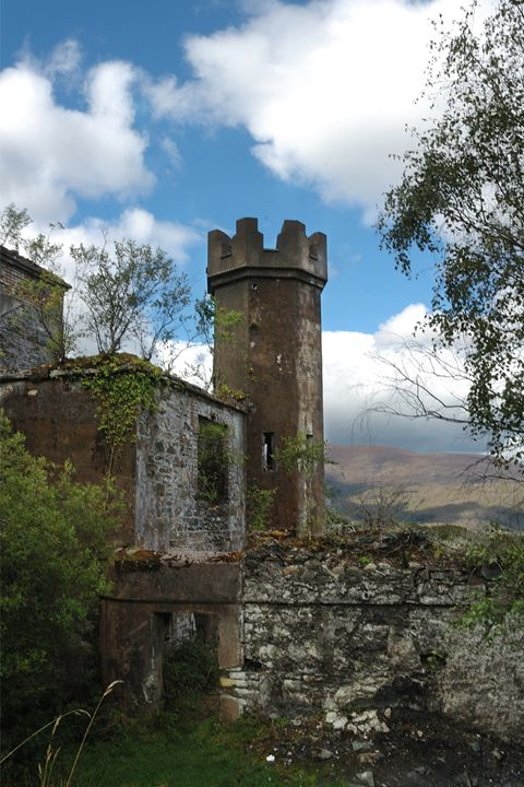 Irish Castle ruin - Photowitch