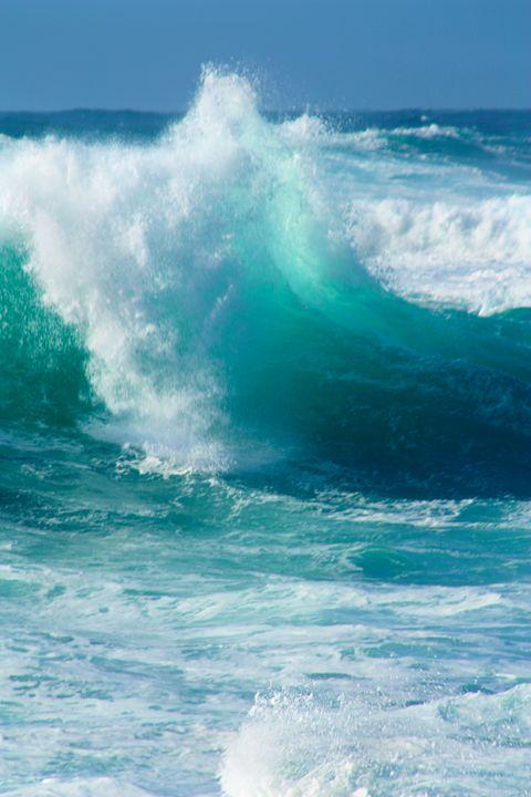 Sennen Surf - Linsey Williams