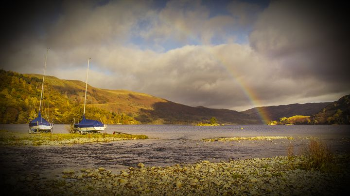Ullswater Black Vignette - Linsey Williams