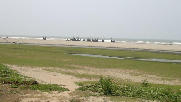 Beach with Boat - Opi Mozumder