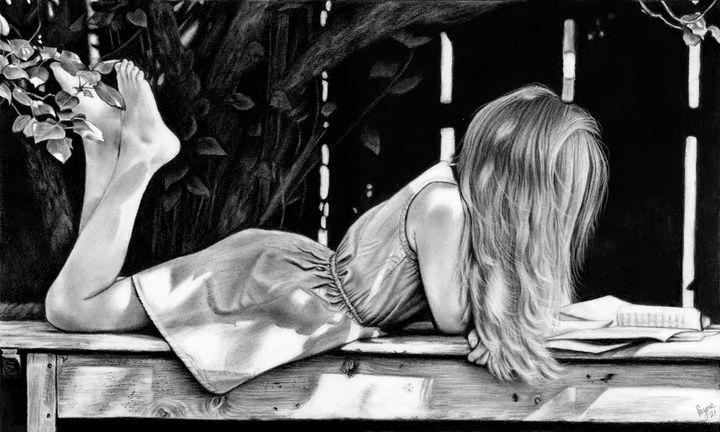 Girl Reading - Teresa Payne Art