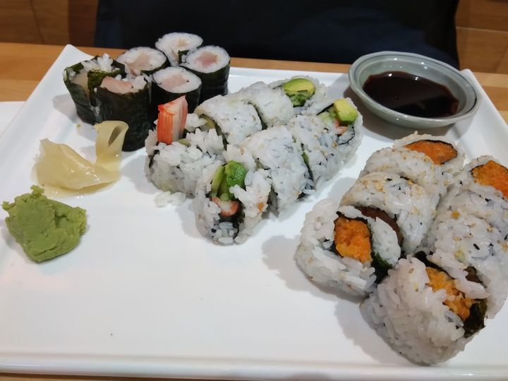 Sushi fun - Lonely artist