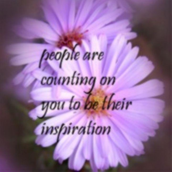 Inspirational Quote Purple Daisy - Sara Valor