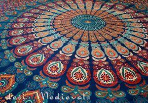Indian Bedsheet Mandala Maroon Bohe