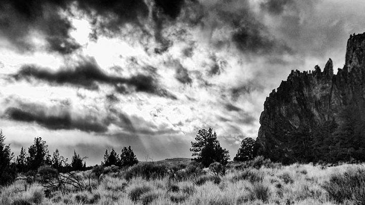 """Smith Rock Sunbeams"" - The Photography of Michael C Bertsch"