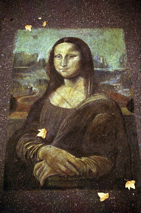 Mona Lisa - pavement art - Rod Jones Photography