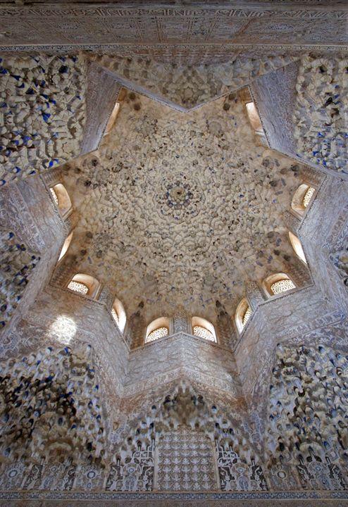 Alhambra ornate ceiling - Rod Jones Photography