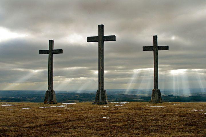 Three crosses (triple calvaire) - Rod Jones Photography