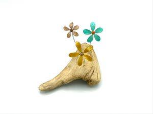 Forever Flowers - Driftwood Corner