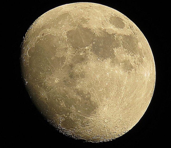 Moon - William St John