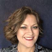 Tina Escobar - Artist at Heart