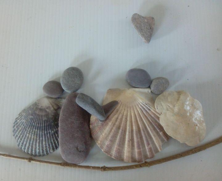 My Family Rocks - Pebble Art by Miriam