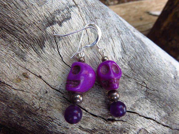 Skull Earrings - Craftwerks by Jules