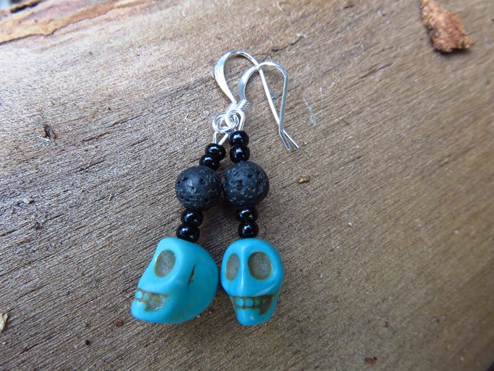 Skull Earrings - Craftwerks by Jules