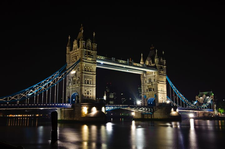 Tower Bridge by Night - Porpoise Pics