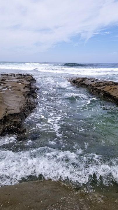 Waves - Rachel Csontos