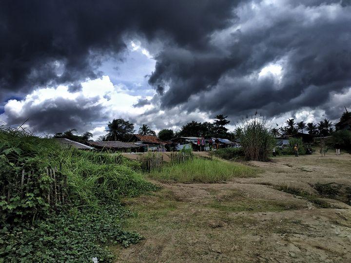 Dark Clouds - Crafitty