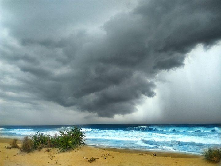 Goddest Sunrays on a Beach - Crafitty