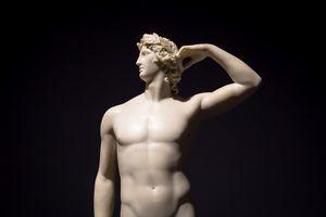 Apollo Crowning Himself