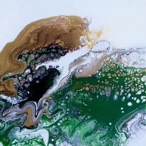 Abstract Green and Gold pour