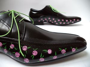 Roses Black Shoes