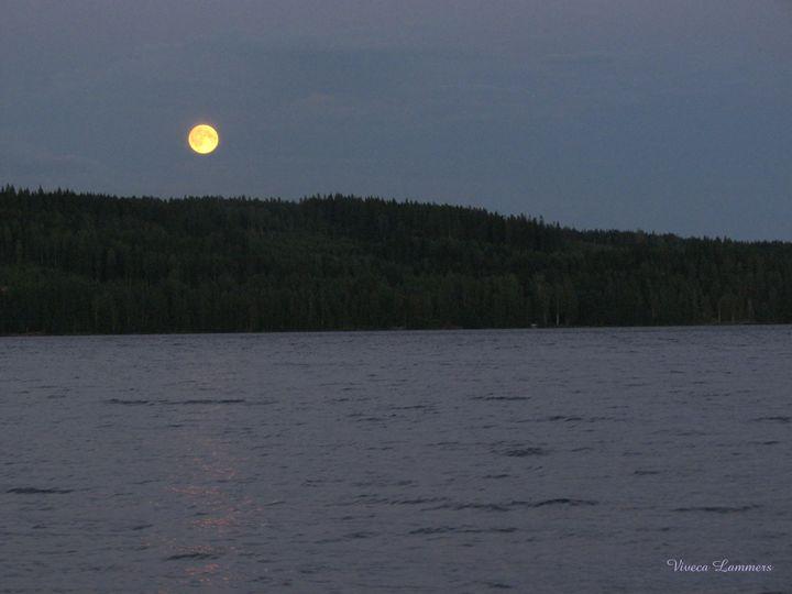Full Moon rising 273 - Viveca Lammers