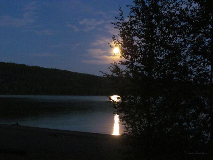 Full Moon 275 - Viveca Lammers