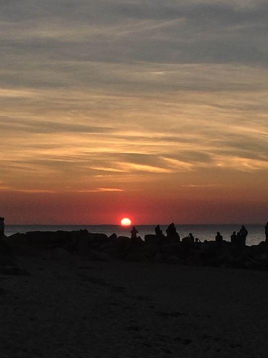 Sun Down - Pegah