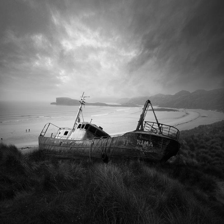 Silence - Tomas Art