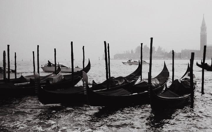 Venice 2 - Gojani Anton
