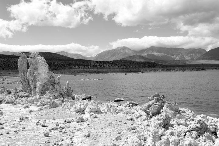 Mono Lake - Pat Sila