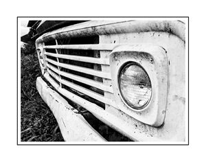 OLD FORD TRUCK - 2
