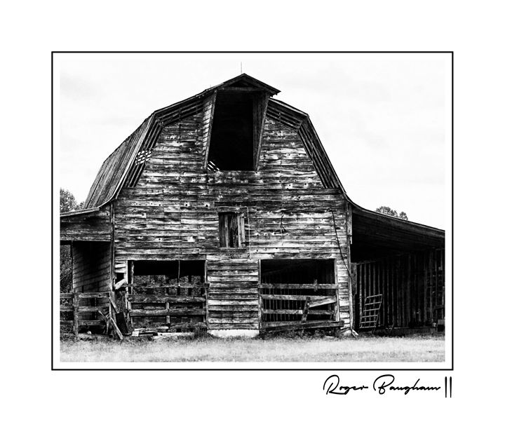 OLD BARN - The Art Store