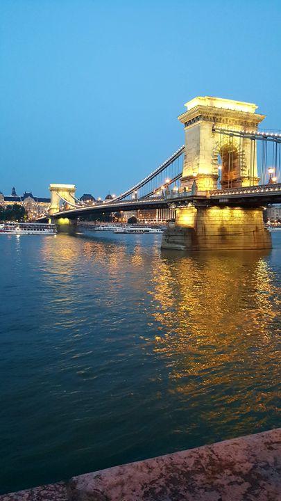Chain Bridge, Budapest - David J. Bell