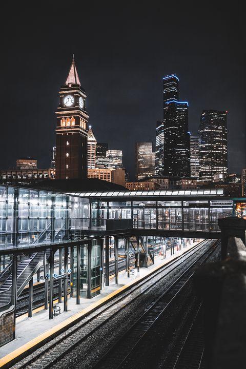 Seattle Skyline - Visionary Photography
