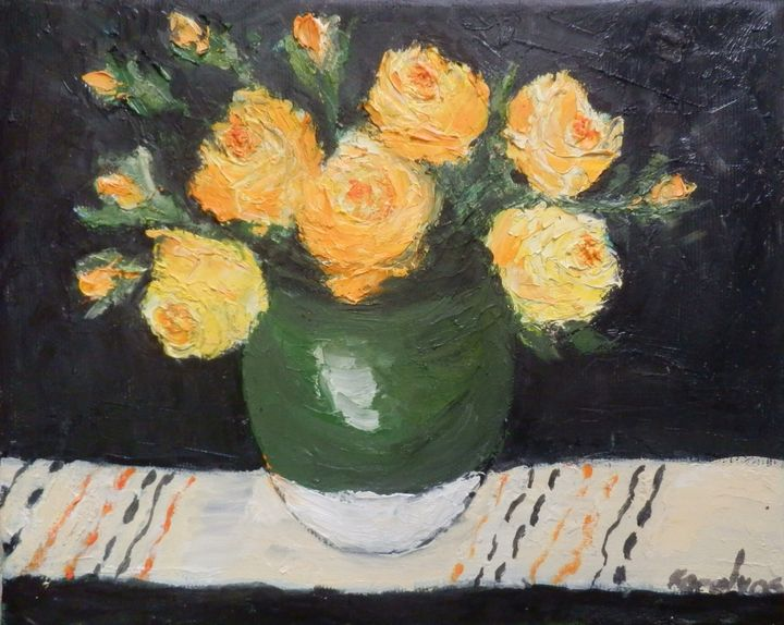 Yellow roses in green bowl - Maria Karalyos