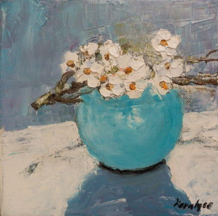 Ykebana with white flowers - Maria Karalyos