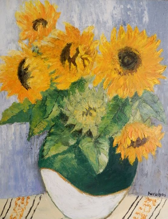Sunflowers in a green bowl - Maria Karalyos