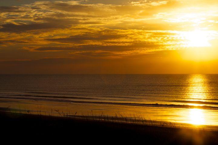 Ocean Sunrise - Liquatic Photography