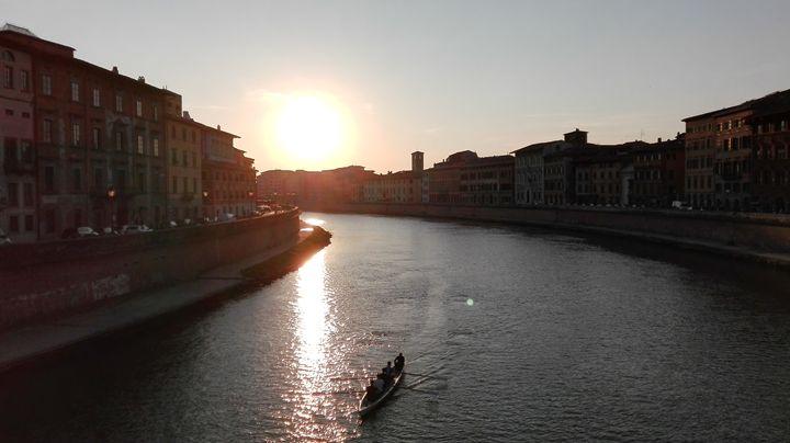 Fiume Arno in Ponte di Mezzo - Capturing a dream