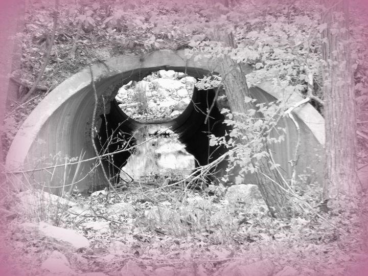 Purple Tunnel - Jade Ellyette