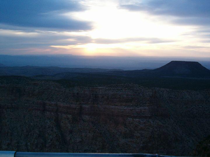 Sunrise Grand Canyon - Jade Ellyette