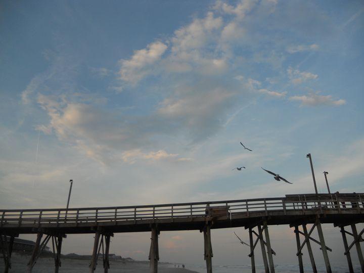 Pier Sky - Jade Ellyette