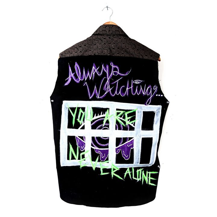 Never Alone Vest (M) - Willson and Patz