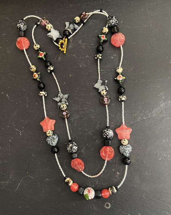 Double Time Necklace Coral & Black - SonSource Arts
