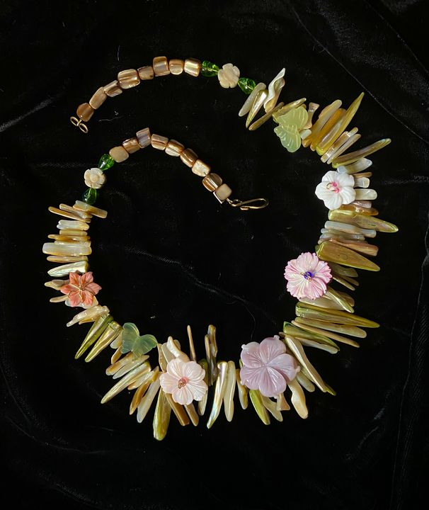 Forever Flower Lei Necklace - SonSource Arts