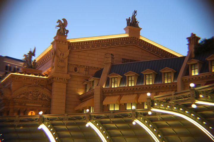 Paris Via Vegas - Lincoln Galleries