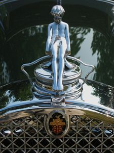 Packard Victoria Hood Ornament