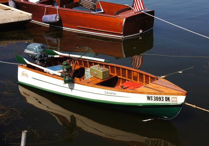 Tomahawk Strip Boat - NTZ Automotive and Marine Photography