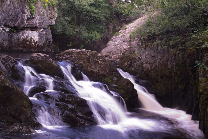 Ingleton falls - Russell Field